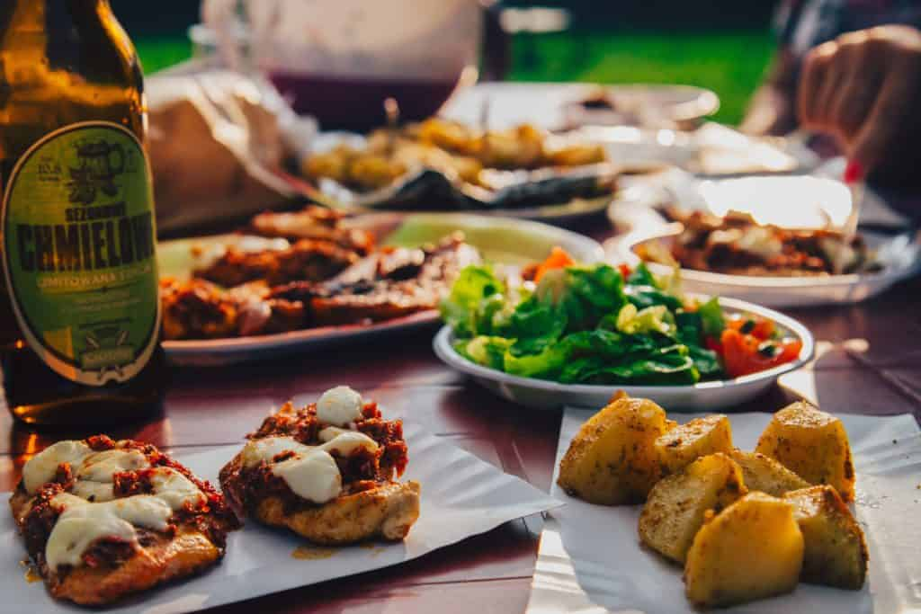 Different tapas bites and a beer. The Best Restaurants in Las Palmas. Experience the best food in Las Palmas de Gran Canaria. Article by https://www.kissmybackpack.com